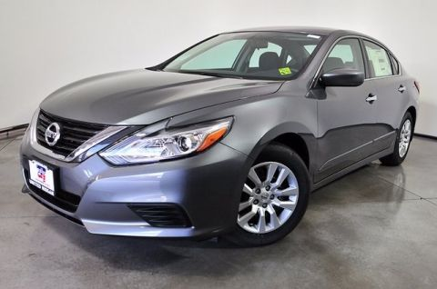 New 2017 Nissan Altima 2.5 SL FWD 4D Sedan