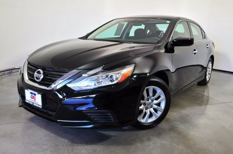 Certified Pre-Owned 2017 Nissan Altima 2.5 S FWD 4D Sedan