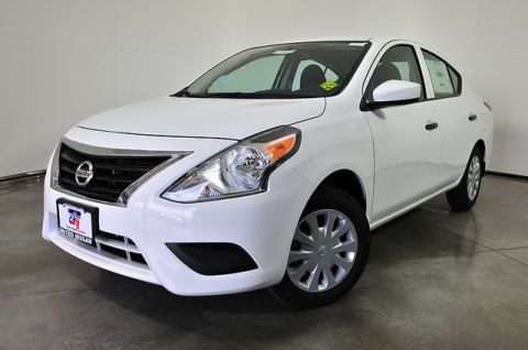 New 2018 Nissan Versa 1.6 S FWD 4D Sedan