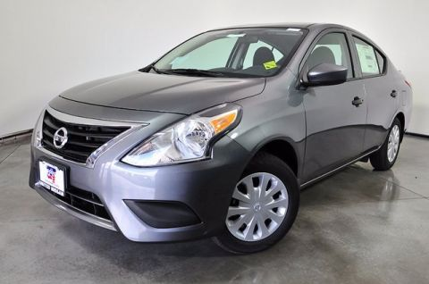 New 2018 Nissan Versa 1.6 SV FWD 4D Sedan