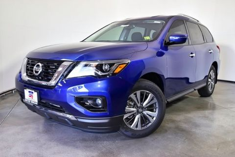 New 2018 Nissan Pathfinder SV FWD 4D Sport Utility