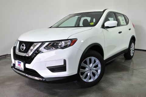 Certified Pre-Owned 2017 Nissan Rogue SV FWD 4D Sport Utility